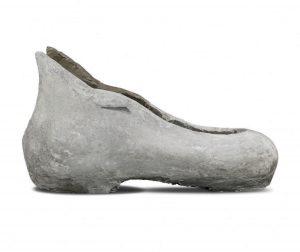 Dog shoe concrete